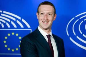 "Zuckerberg al Parlamento europeo: ""Chiediamo scusa, via i bulli da Facebook"""