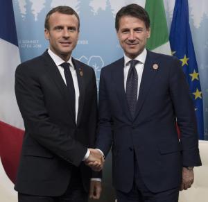 Aquarius, tregua Italia-Francia ma senza scuse. Conte domani a Parigi