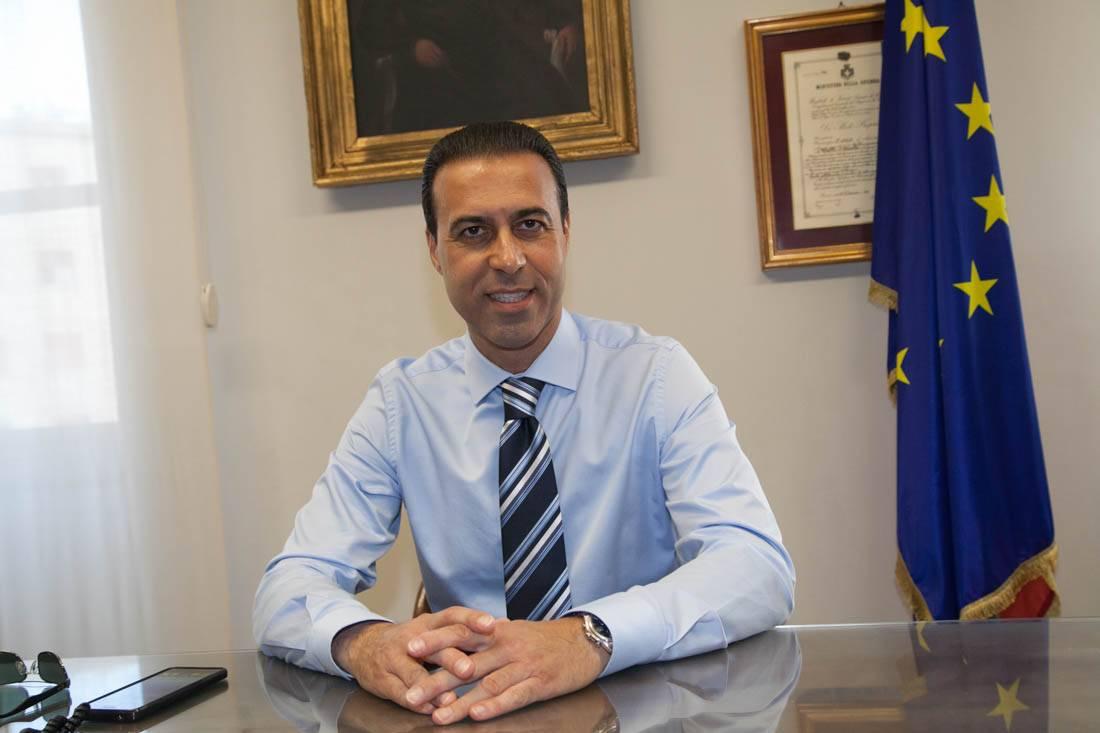 """Domodossola, il sindaco: """"Stanze separate per vaccinare i bambini e i rifugiati"""". Lettera di protesta del primo cittadino all'Asl"""