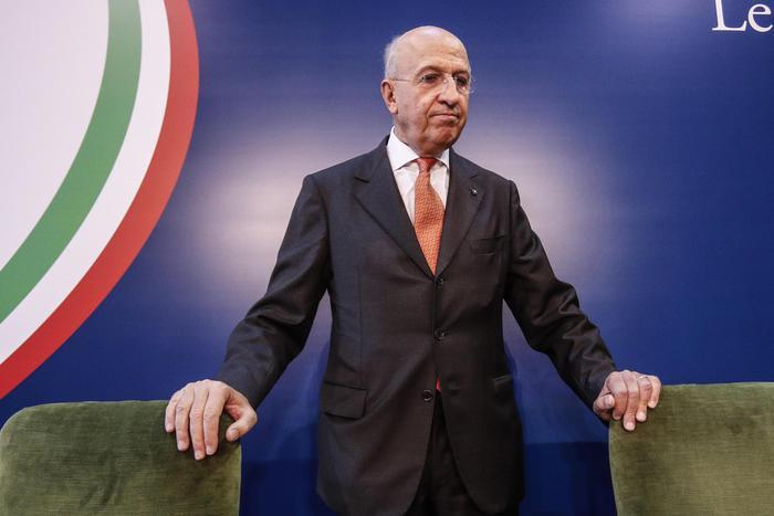 """Patuelli (Abi): """"Italia partecipi di più alla Ue o c'è rischio Argentina"""". Il mondo della banche mette in guardia il governo"""