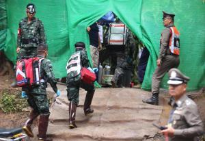 Thailandia, la fine di un incubo: tutti salvi i baby calciatori e il loro allenatore