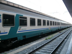 """Offende ragazzo disabile sul treno ma poi chiede scusa: """"Sono un imbecille"""". A raccontare l'episodio è lo scrittore Matteo Bussola"""