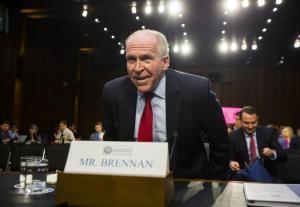 """Usa, Trump revoca gli accessi alle informazioni sensibili. L'ex direttore della Cia Brennan: """"E' un abuso di potere"""""""