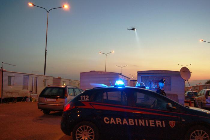 Reclutavano mercenari italiani filorussi per combattere in Ucraina: 6 arresti. Operazione della procura di Genova