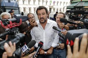 """Fondi Lega, Salvini: """"Temete l'ira dei giusti. Processi politici come in Turchia"""""""