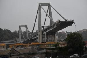 """Ponte Morandi, governo venerdì vara decreto. Ricostruzione affidata a Fincantieri. """"Appalto immediato senza gara"""""""
