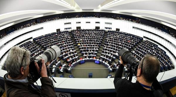 Riforma del copyright, domani il voto all'Europarlamento: esito ancora incerto