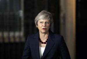 """Brexit, sì del governo britannico all'intesa con l'Ue. May: """"Non è stato facile, ma è la scelta migliore"""""""