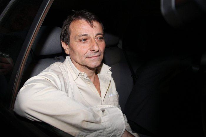 """Brasile, il giudice ordina l'arresto di Cesare Battisti: """"Pericolo di fuga"""". Salvini: """"Un ergastolano che si gode la vita"""""""