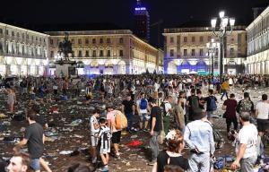 """Piazza San Carlo, per la Cassazione è omicidio preterintenzionale: confermata ipotesi accusa """"banda dello spray al peperoncino"""""""