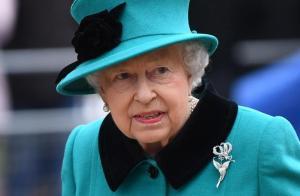Brexit, pronto piano di fuga per salvare la regina Elisabetta: rispolverati programmi della Guerra Fredda