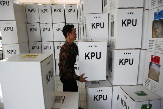 Elezioni Indonesia, morti di stanchezza oltre 270 scrutinatori