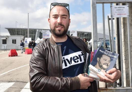 """Salone del Libro, l'editore di Altaforte: """"Esclusi perché abbiamo pubblicato il libro di Salvini"""""""