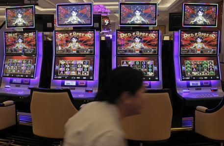Giochi: in sei anni triplicati i siti irregolari. Il proibizionismo non paga