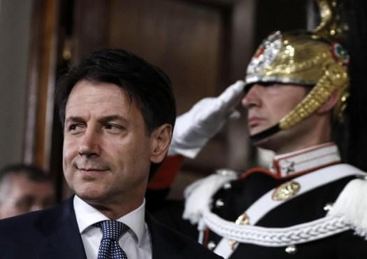 Giuseppe Conte e il fondo del Vaticano sotto inchiesta. Le accuse del Ft, la difesa del premier