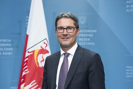 Bolzano, la provincia torna sui suoi passi: torna la denominazione Alto Adige