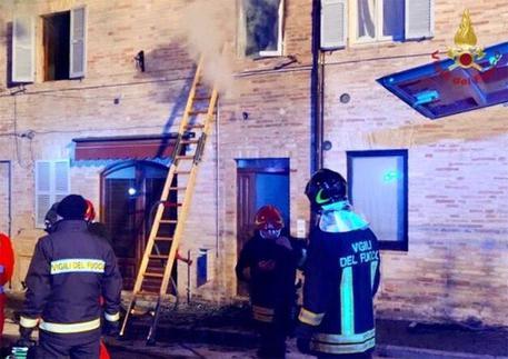 Servigliano, bimba morì in casa in fiamme. Arrestata la madre per il rogo