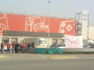 Ossona, Bertola: gli operai della cooperativa da 4 mesi senza stipendio