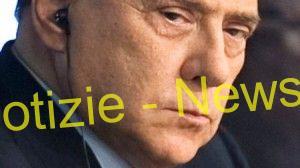 """Berlusconi """"nudo"""" alla televisione Rai"""