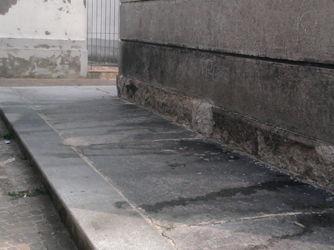 torre300 Pisciatoio pubblico? No, è la torre di Ossona Piazza Litta Prima Pagina