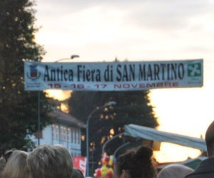A Inveruno la Fiera di san Martino non sukkeggia. Anzi, esagera