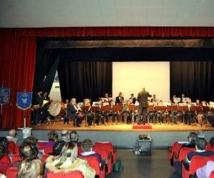 A Rho la Montagna unisce con la Musica della Banda e del Cai