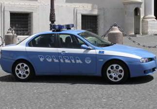 Ossona, inseguimento auto con droga e armi