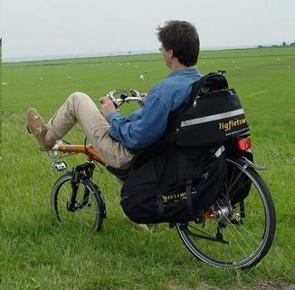Come andare in vacanza senza soldi: bicicletta da turismo