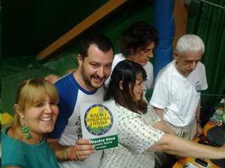 Matto Salvini radi Padania Libera Bulgaro grasso