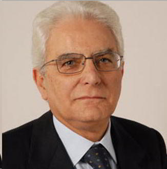 Sergio Mattarella: il politico che cade nelle sue trappole
