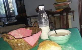pane e latte fresco