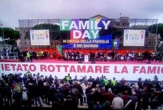 familyday Family day: confronto di idee o battaglia politica? Politica Prima Pagina