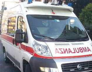ambulanza-4 Rottweiler azzanna bambino di 8 anni Piazza Litta Prima Pagina