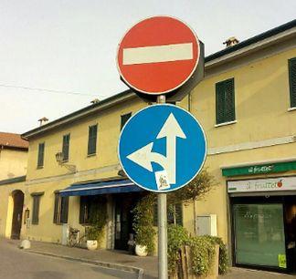 cartelli stradali arluno