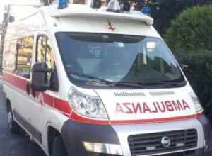 ambulanza2-300x220 Il ciclista investito ancora in gravi condizioni Piazza Litta (Ossona) Prima Pagina