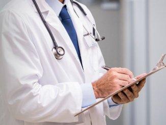 medico-tiroide-tomella Ascolta le tue gambe, Arteriopatia periferica, la malattia delle vetrine. Se ne parla domani a Healtytude Lifestyle Salute