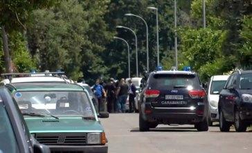Ardea, irruzione delle forze speciali: trovato morto l'assassino
