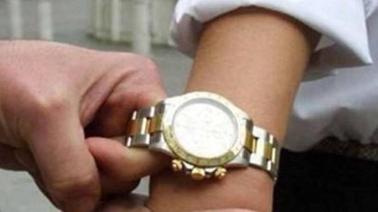 Giugliano, arrestati 2 rapina Rolex