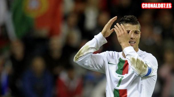 Cristiano Ronaldo muy  afectado por la derrota