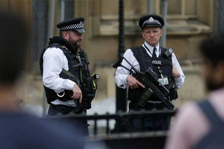 Detienen a dos sospechosos más por el atentado de Manchester
