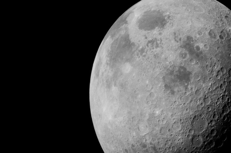 Trump firmará decreto para reanudar viajes espaciales a la Luna y Marte