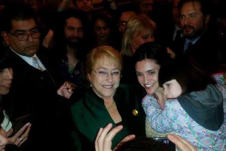 Festejos por los cien años de Violeta Parra en el Colón