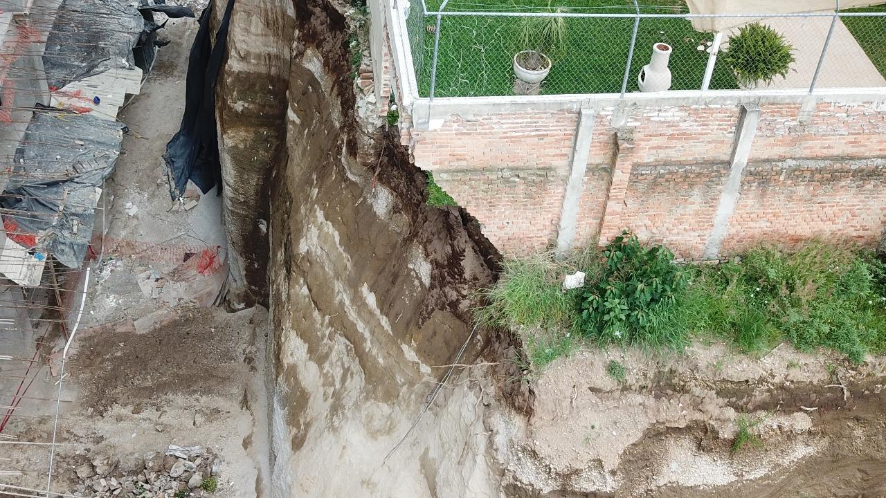 Nuevos departamentos provocan derrumbes | La Crónica de Hoy - Jalisco