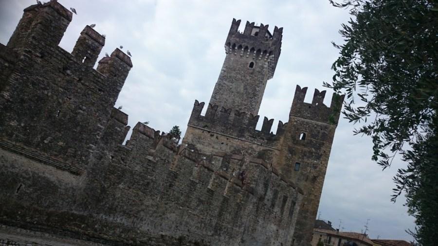 Rocca Scaligiera. Un día en el Lago di Garda, Peschiera, Sirmione y Desenzano.
