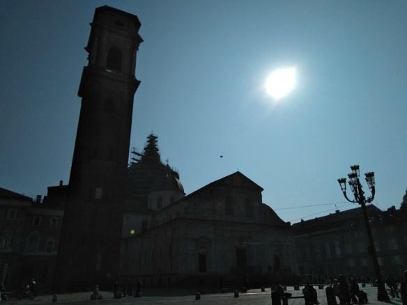 Duomo y campanile. Sábana Santa de Turín.