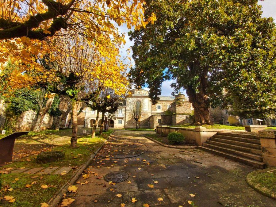 Jardines del Museo Provincial.