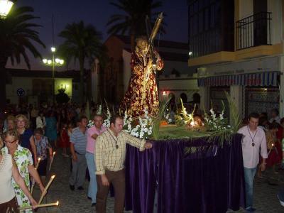 20080916014917-procesion-jesus-nazareno-i.jpg