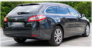 Station Wagon Cabs Estate Car Private Hire London Airport Taxis - Crony Chauffeur Services