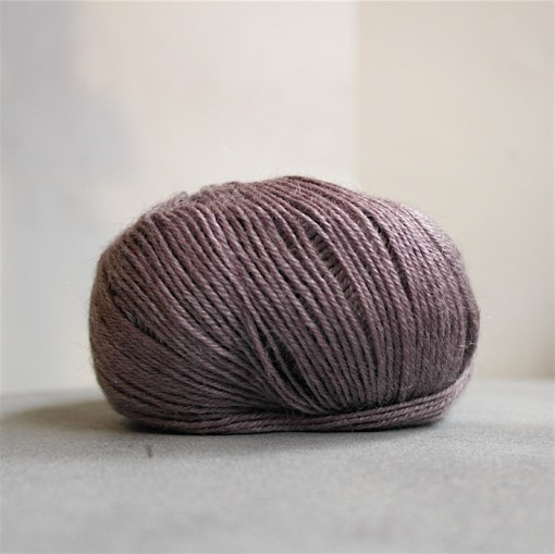 onion sock yarn 1028