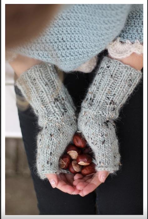 phot of camarose mittens